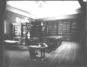 The library in what is now the University Senate Room