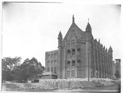 Completed Fisher Library 1909 exterior